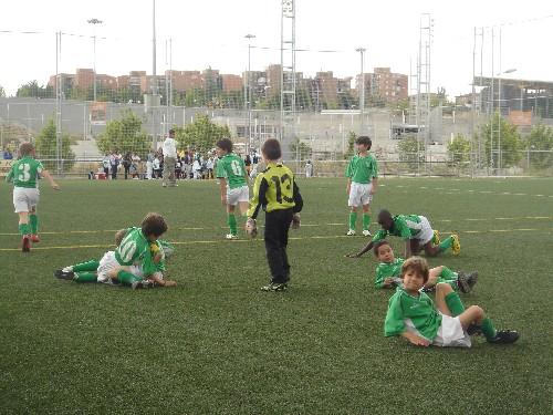 Los jugadores festejando el buen papel realizado en el Torneo.
