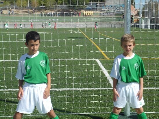 Alejandro Arias y Nacho muy concentrados antes del partido.