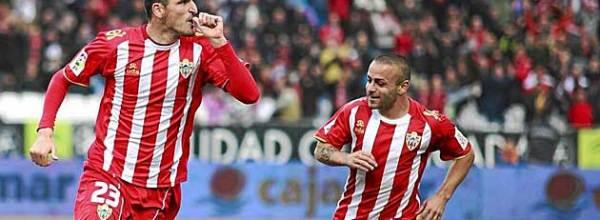 """Articulo: """"A los 35 o 36 años, cuando deje el fútbol, me quedaré en paro"""". Soriano"""