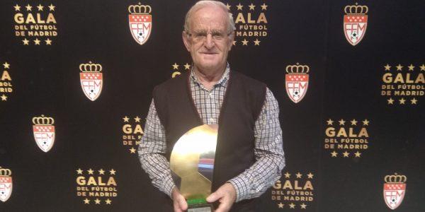 José Antonio Fuente, Premio Homenaje al Mérito Deportivo por sus 40 años de dedicación al club